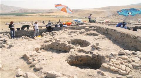 Hasankeyf Kazılarında Göbeklitepe'den Eski Dini Alan Bulundu