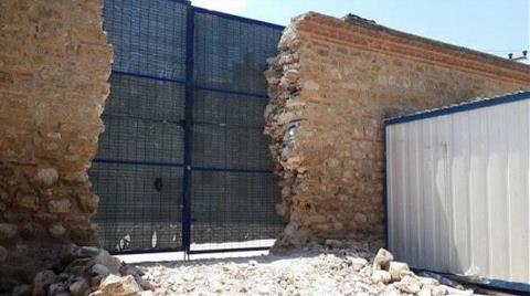 Bakanlık: Sinan Paşa Medresesi'nin Duvarı Bilgimiz Dışında Yıkıldı!