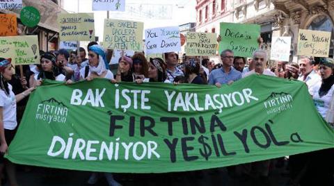 Beyoğlu'nda 'Yeşil Yol Projesi'ne Hayır Protestosu'