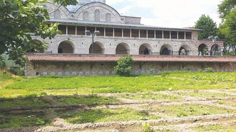 Tarihi Bostan'daki Otopark Projesi Durduruldu