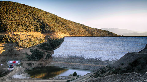 İzmirli Çiftçilerin Yüzü Zeytinova Barajı'yla Gülecek