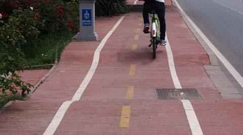 """""""Büyüyen Kentlerin Bisiklet Yollarına ve Yürünebilir Alanlara İhtiyacı Var"""""""
