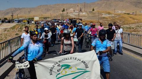 Aktivistler Hasankeyf İçin Yürüdü