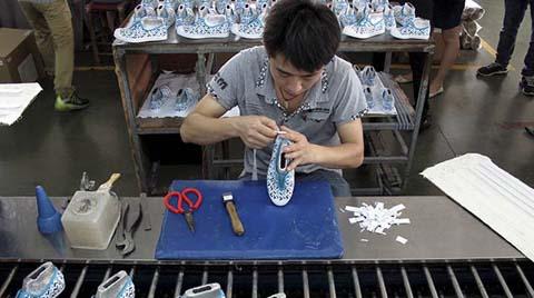Çin'de Sanayi Şirketlerinin Karları Azaldı