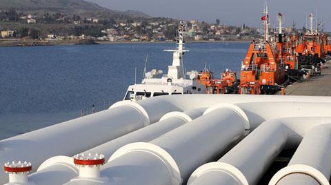 Gazprom, Türk Akımı'nın Kapasitesini Yarı Yarıya İndirdi
