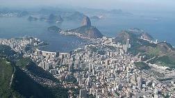 Fitch, Brezilya'nın Notunu Düşürdü