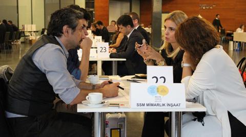 İstanbulSMD Üyesi Mimarlar Yapı Firmaları ile YEM'de Buluştu