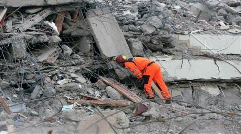 Van Depreminin 4. Yılında Değişen Birşey Var mı?