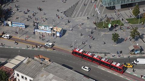Tramvay Hattına Park Edene Hapis Cezası Geliyor