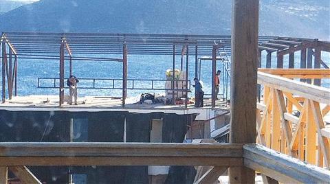 Belediye Yıkım için Alet Bulamadı, Kaçak Otel 'Kat'landı