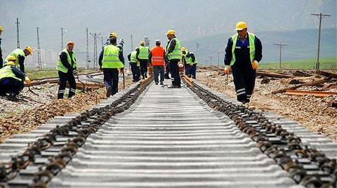 İki Ülkeyi Demiryolu ile Birbirine Bağladı