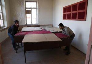 İzmir'in Tarihi Müzesinde 'Kurtarma' Mesaisi