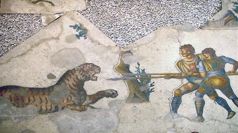 Büyük Saray Mozaikleri Restore Ediliyor