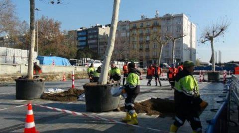 Taksim Meydanı Ağaçlanıyor