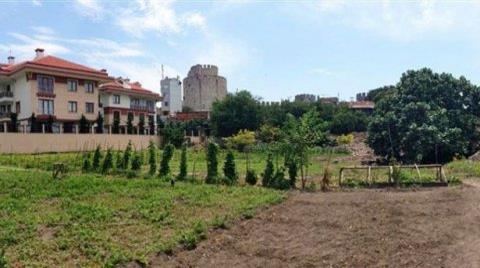 Belediye Yedikule'nin Peşini Bırakmıyor