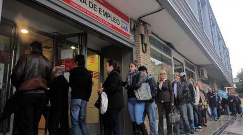 OECD Bölgesi'nde İşsizlik Yerinde Saydı