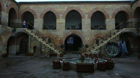 Kurşunluhan 'Avrupa'nın En Eski Oteli' Olmaya Aday