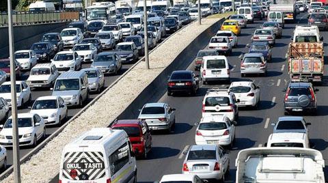 Trafikteki Araç Sayısı 2015'te 1 Milyon 166 Bin Arttı