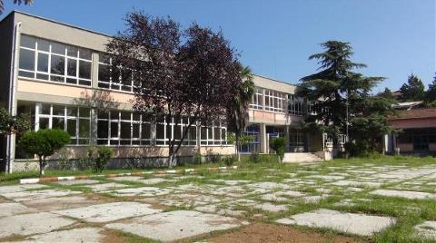 Okul Yerine Cami Yapılmasına Yargı 'Dur' Deyince