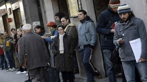 İşsizlik Şubat 2015'ten Beri En Yüksek Seviyeyi Gördü