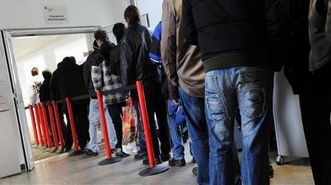 Avrupa'da Her 5 Gençten Biri İşsiz