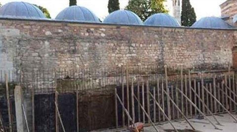 Mimar Sinan'ın Eserine Beton Döktüler!