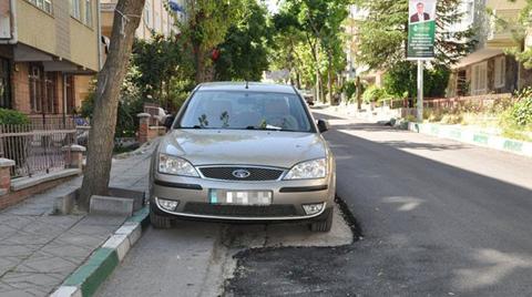 Ankara'da Araçlar Asfalt Çalışmasını Engelledi
