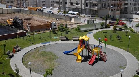 Parka Taşan İnşaatı Belediye Durdurdu