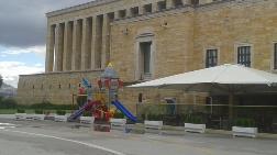 Anıtkabir'e Çocuk Parkı!