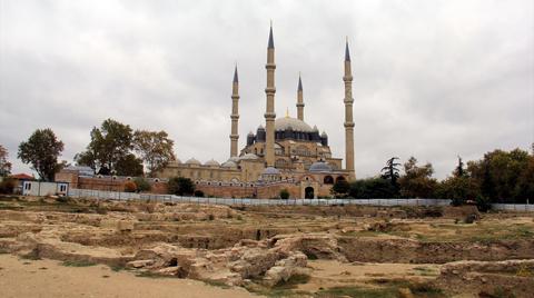 Tarihi Yemiş Kapanı Hanı Kazısı Sona Erdi