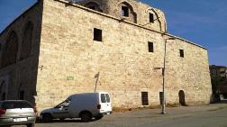 'Malatya'daki Taşhoron Kilisesi Restorasyonu Neden Durdu?'