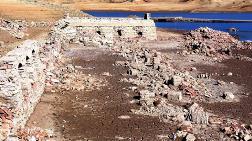 Sular Çekildi, 3 Asırlık Köy Ortaya Çıktı