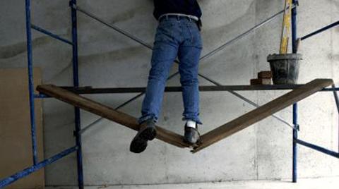 Üniversiteli İnşaat İşçisi Çatıdan Düşerek Öldü!