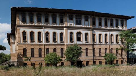 Tarihi Darüşşafaka Binasına Ne Oldu?