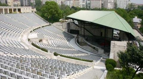 Harbiye Açıkhava Tiyatrosu Yıkılmayacak!