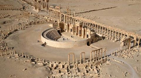 Suriye: IŞİD Antik Kent Palmira'da Ünlü Anıtı Yıktı