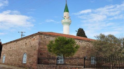 Camiyi Athena Tapınağı'nın Taşlarıyla Yapmışlar!