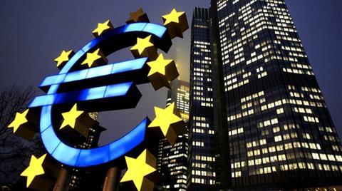 Euro Bölgesi İlk Kez ABD`den Hızlı Büyüdü