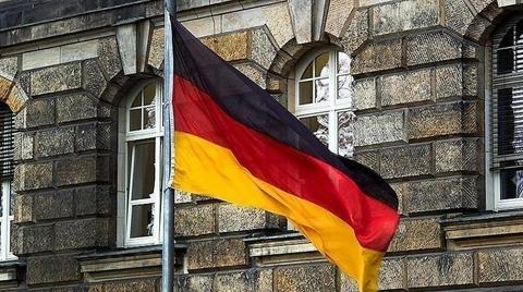 Almanya'da İşsizlik Rekor Seviyede Geriledi!