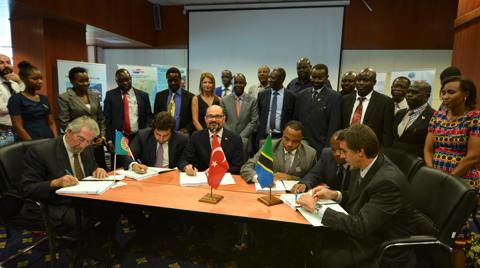 Yapı Merkezi Doğu Afrika'da Demiryolu Yapacak
