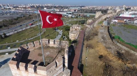İstanbul'un Surlarının Bakımsızlığını Bir de Havadan Görün!