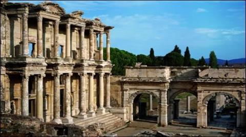 İzmir Efes Artemis Tapınağı Harabeye Döndü!