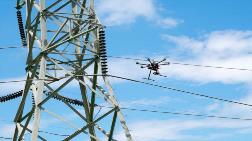 Elektrik Tellerini Ateş Çıkaran Drone'lar ile Temizliyorlar