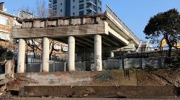 Selamiçeşme Köprüsü'nün Yıkımına Başlandı
