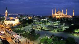 Sultanahmet'te Kaçak Tünel Kazmışlar