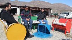 Atık Varilleri Mobilyaya Dönüştürüp İnternetten Satıyor
