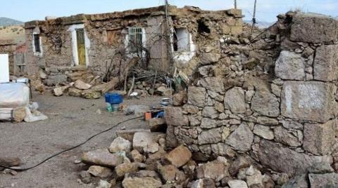 Ayvacık'ta Depremden Sonra Kredili Ev Sarsıntısı