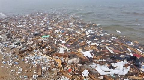 Kilyos'tan 33 Ton Atık Çıkarıldı