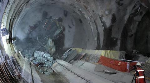 """Metro için """"112 Milyon Euro Daha Lazım"""" Tartışması!"""