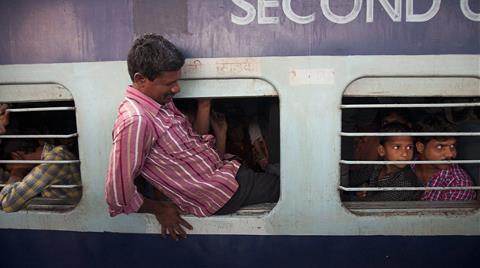 Demir Yolu Şirketine Dava Açtı, Tren Kazandı